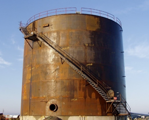 a 20,000 bbl vertical, welded-steel fuel storage tank