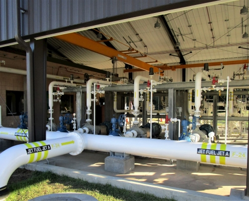 Fuel pipeline in a fuel pumphouse